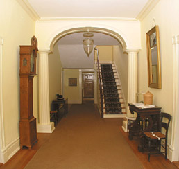 Bulloch Hall Front Passage